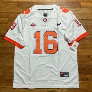NWT Trevor Lawrence Clemson Tigers NCAA Jersey